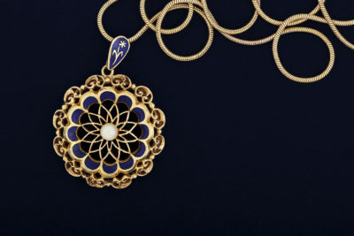 Antiques & Consignments on the Square - Blue & Gold Necklace